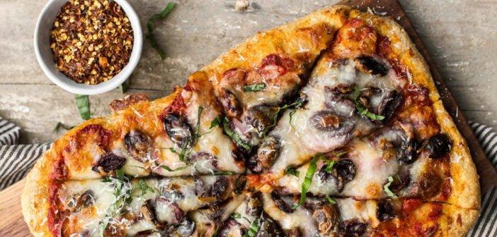 Fırında Karnabaharlı Pizza Tarifi